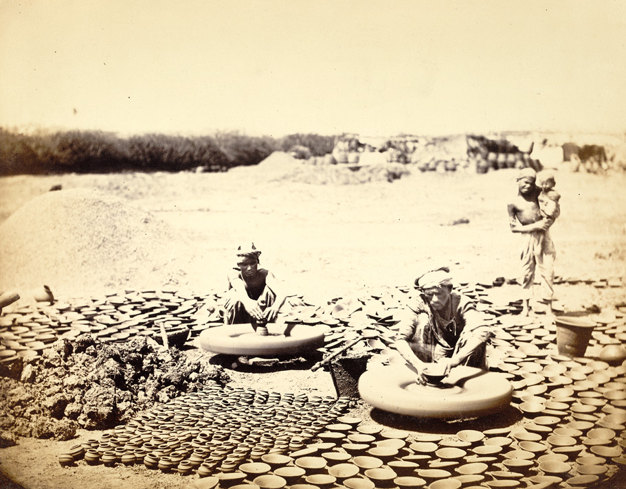 Bombay potters at work